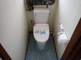 タンクレストイレの方が良い現場もありますし、タンク有りトイレの方が良い現場もあります。