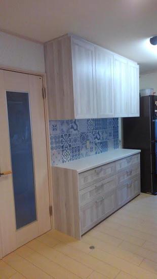 タイルが主役のキッチン収納リフォーム。収納力も大幅アップ!