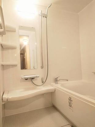 シャワーでも快適&リラックスできるお風呂に!「リノビオV」