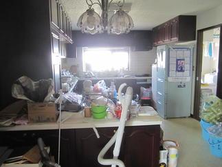 キッチン施工前状況