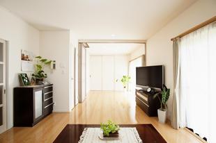 冷暖房効率を考えた間仕切りで開けても閉めても快適な空間