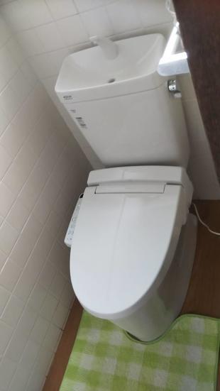 温かみのあるトイレ空間