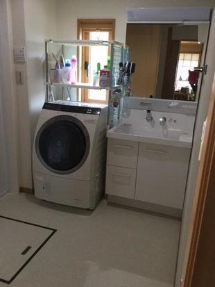 豊後高田市洗面化粧台リフォーム 清潔感の白