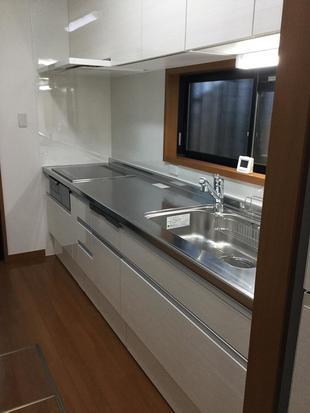 中津市キッチンリフォーム 使い勝手、デザイン性も兼ね備えた収納