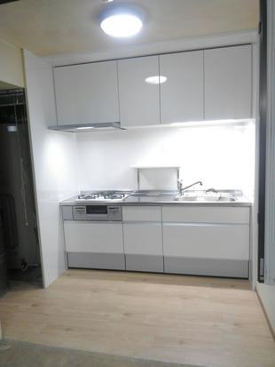 横浜市磯子区 F様邸 古くなったキッチン・トイレを一新!