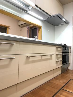 作業スペース広々、スッキリ キッチンリフォーム