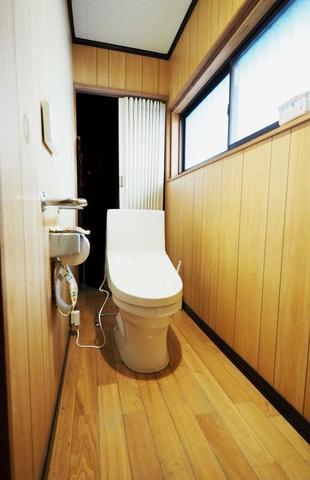 トイレ取替工事(久留米市諏訪野町)