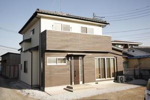 2世帯が共に暮らしやすい新築同様のリノベーション!