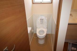 お掃除楽々トイレ