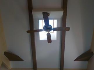天井のクロスを新しく張替えました。