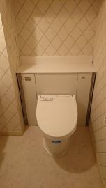 トイレを収納つきに改修