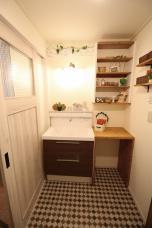 オシャレで実用的な洗面化粧室を目指しました!!