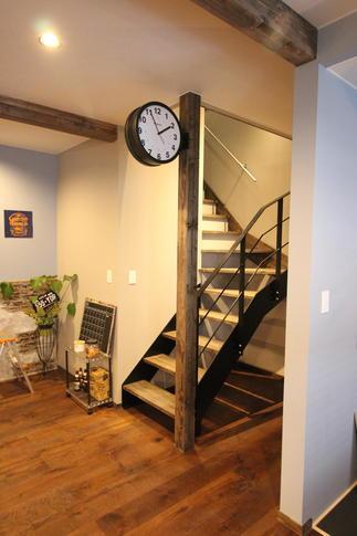 階段回りも NY STYLE 全開です