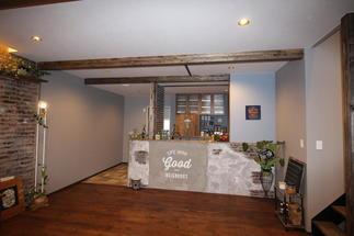 デザインコンクリートのウオールが映えるキッチン