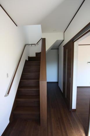 安心できる階段に作り変えました