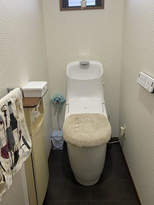 お手入れのしやすいトイレ プレアスHSに変更