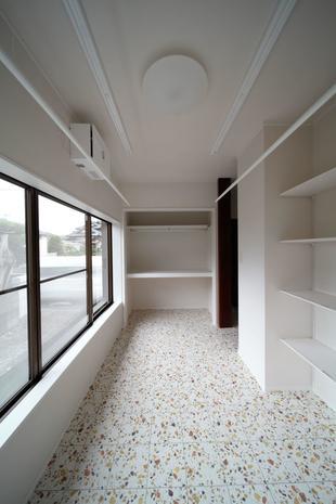 使っていない和室をランドリースペースに改造しました