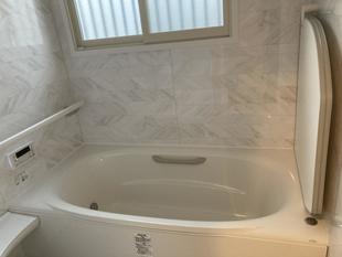 お客様の予想の上を行く浴室・洗面脱衣室となりました。
