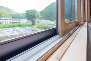 『 樹脂窓のチカラ 』