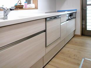 設置した食洗機にまかせて家事効率をグンとアップ!