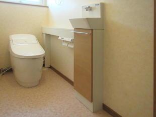 手洗いを別にして使いやすいトイレに!