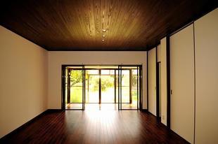 自然素材で囲まれた清々しい癒しの空間にリノベーション!