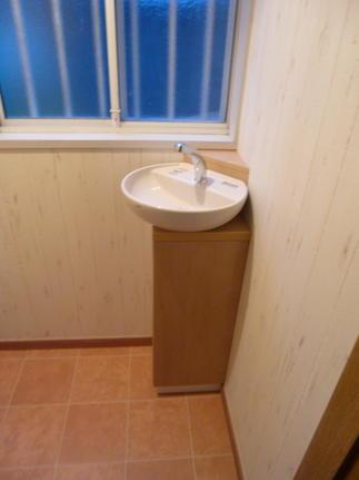 トイレ手洗い器新設