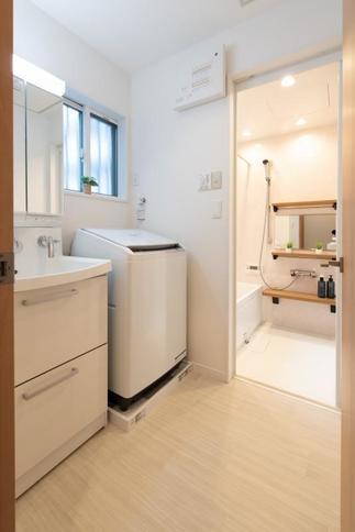 洗面化粧室、浴室