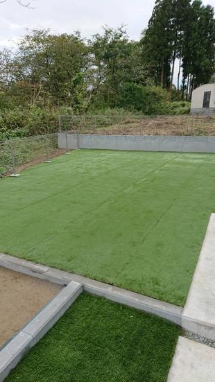 戸建て 防草シート・人工芝・物置設置・花壇造作工事