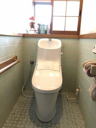 お掃除簡単!リクシルトイレ