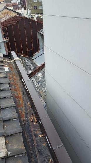 屋根笠木修繕工事