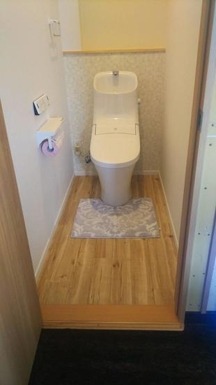 二階にある押入をトイレに改修