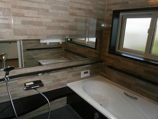 秋田県由利本荘市 お風呂をアライズに、洗面化粧台をピアラにリフォームしました。