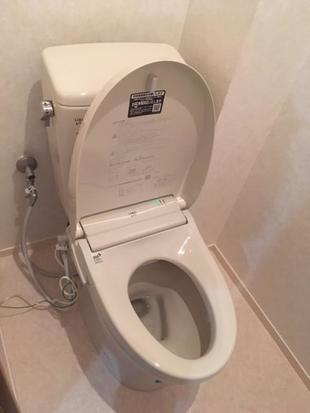 トイレ取り換え工事♪