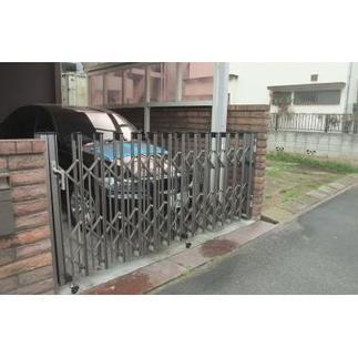 門 after