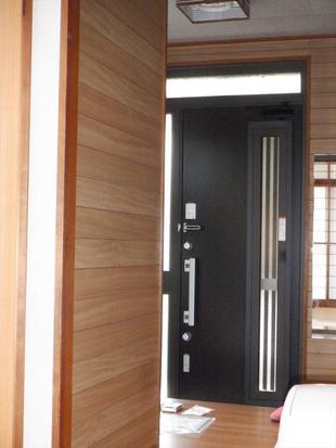 ☆入間市K様邸 玄関・洗面・廊下・床下収納リフォーム☆