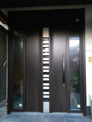 玄関リフォーム 引戸から開き戸へ