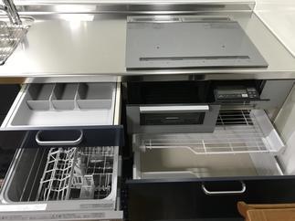 施工後キッチン 2