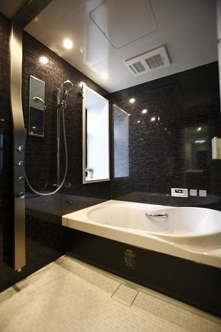 築25年 マンション浴室リフォーム~こだわり機能満載の快適入浴空間に
