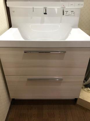 洗面リフォーム/ハイグレードの扉カラーでこだわりの洗面へ