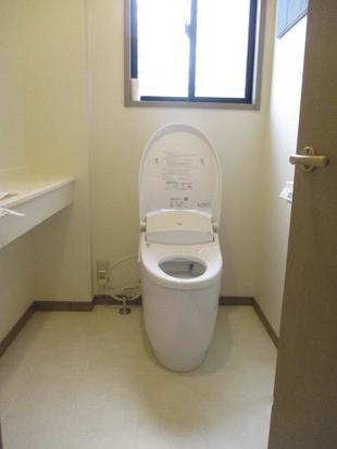 トイレにエコカラット