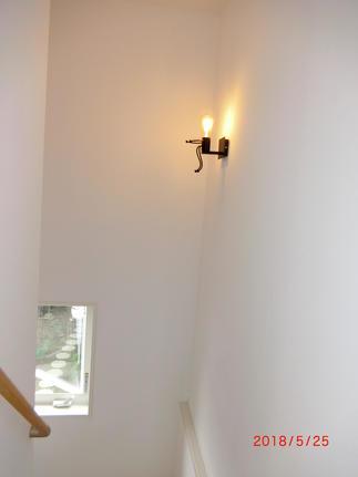 かわいい階段照明