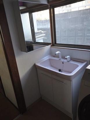 洗面台を替え快適に(桐生市)