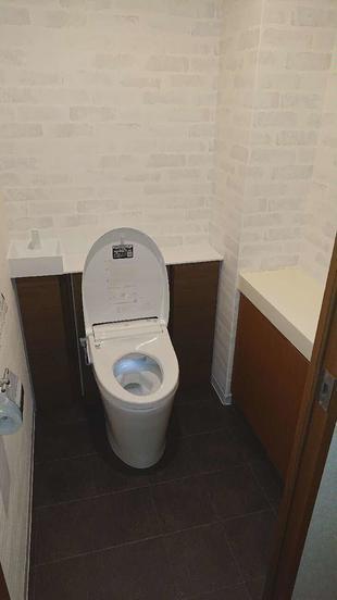 トイレ・食器棚工事