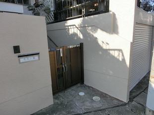 台風被害の外壁・シャッターの舗装工事