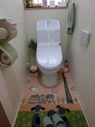 白くすっきりとしたおトイレ