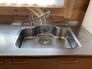 真庭市/キッチン水栓の取替~ホース引出し機能でシンク洗いもラクラク~