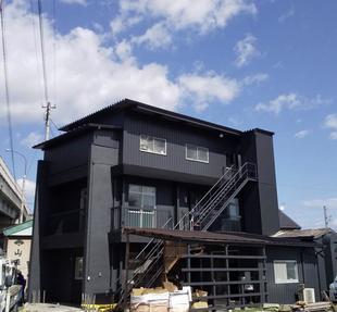 ガルバリウム鋼板で外壁リフォーム (高崎市)