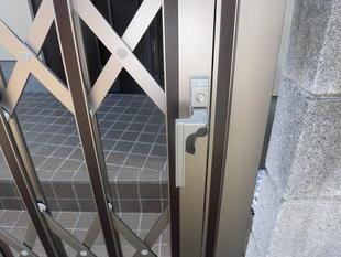 デザイン性にこだわった門扉