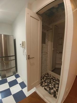 ラシッサSの中折れドアです。